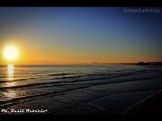 23/05/2014 - I colori dell'alba si riflettono sul mare