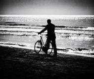 02/03/2020 - Bici sulla battigia