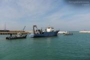 Traino delle prime tre navi dell\'ex cantiere Navalmeccanico via da Senigallia