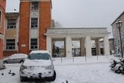 Scuola Pascoli da piazza Saffi