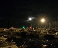 27/11/2016 - La luna e le luci