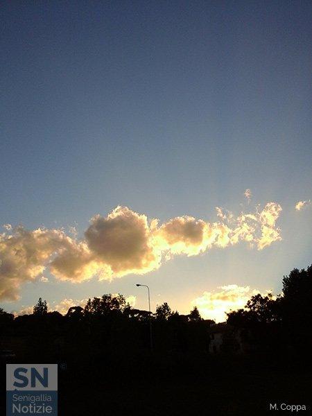 19/10/2015 - Qualche nuvola in cielo...