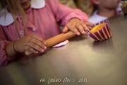 Laboratori per bambini con la pasta del pane