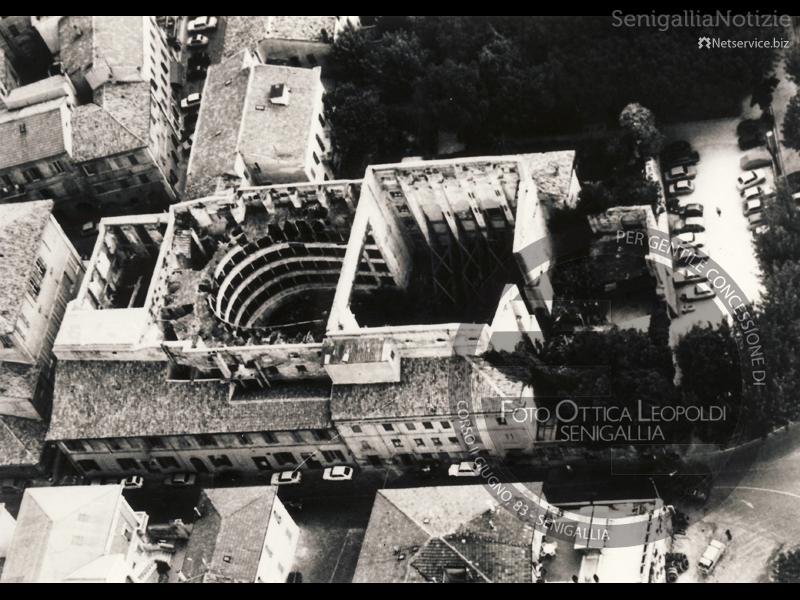 Teatro La Fenice scoperchiato dal terremoto - Leopoldi-1912