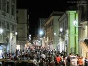 Corso 2 Giugno di Senigallia invaso da cittadini e turisti