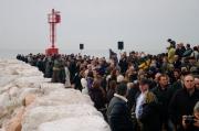 L'avamporto di Senigallia pieno di persone nel giorno dell'inaugurazione