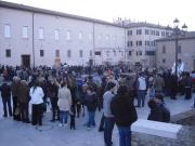 Sostenitori in piazza