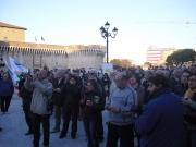 Persone in piazza (1)