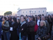 Persone in piazza (2)