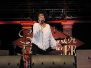 Wanda Jackson ha aperto la serata con il suo concerto