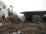 Materiale da rimuovere all\'interno dell\'ex-Navalmeccanico