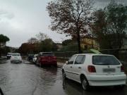 Acqua in strada su via Rovereto