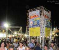 Visitatori e stands alla Fiera Campionaria di Senigallia