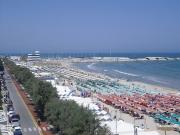 28/07/2010 - Senigallia, panorama della spiaggia di levante