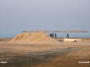 05/04/2011 - Mucchio di sabbia sulla spiaggia di Senigallia